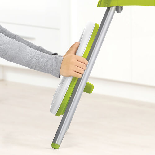 Easily store the tray of the Chicco Stack highchair on the rear legs.