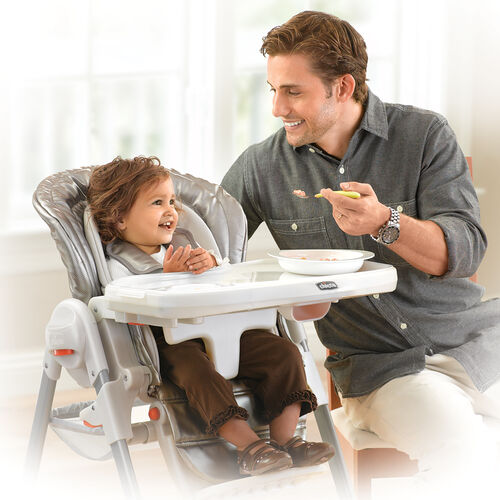 As baby grows, choose from six different height positions and 3 recline positions to get the perfect fit for mealtime