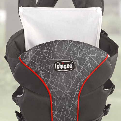 A spit-up bib snaps on to the UltraSoft Carrier to protect parents' clothes
