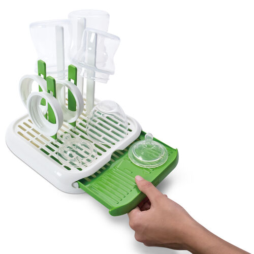 A slide out tray gives you additional room for drying and draining bottles and accessories with the NaturalFit Bottle Drying Rack baby bottle rack